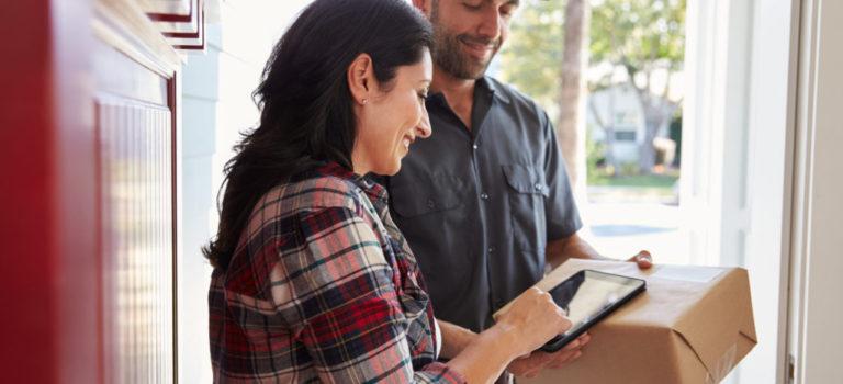 """Modalidad """"puerta a puerta"""": ¡Comprá al exterior por internet y recibí el producto en tu casa!"""