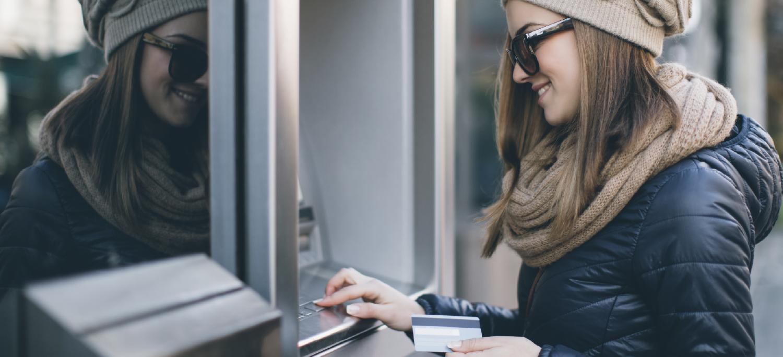 Abrir una caja de ahorro en pesos, gratuito en cualquier banco de Argentina