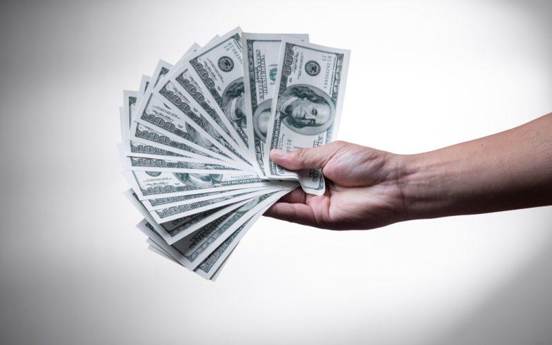 Nueva normativa cambiaria que afecta la compra de dólares y los pagos con tarjeta